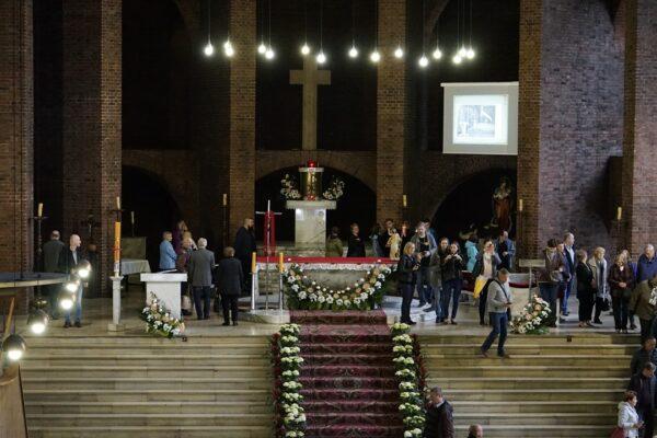 Zwiedzanie kościoła św. Józefa w Zabrzu