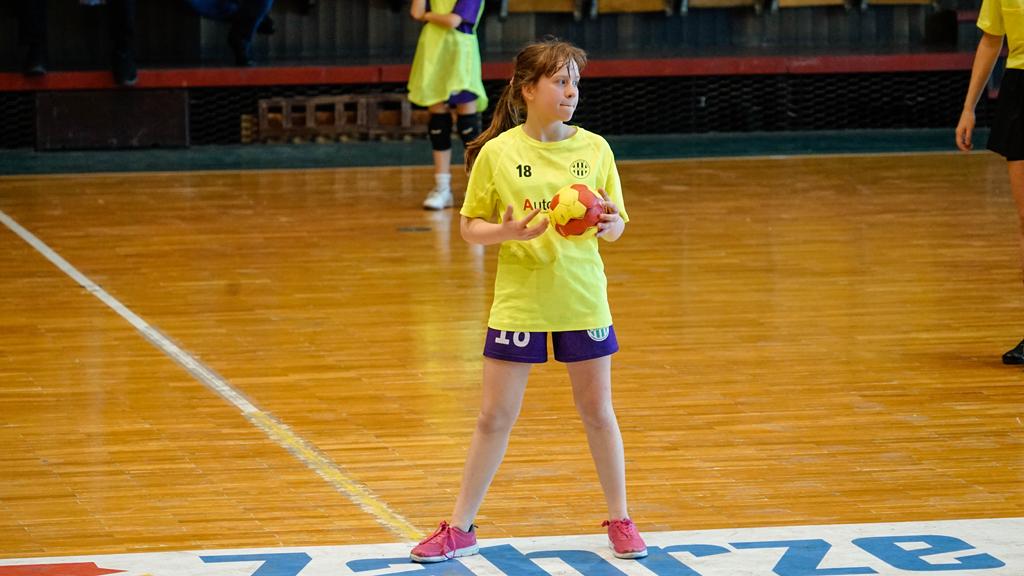 Turniej dziewcząt w piłce ręcznej w Zabrzu