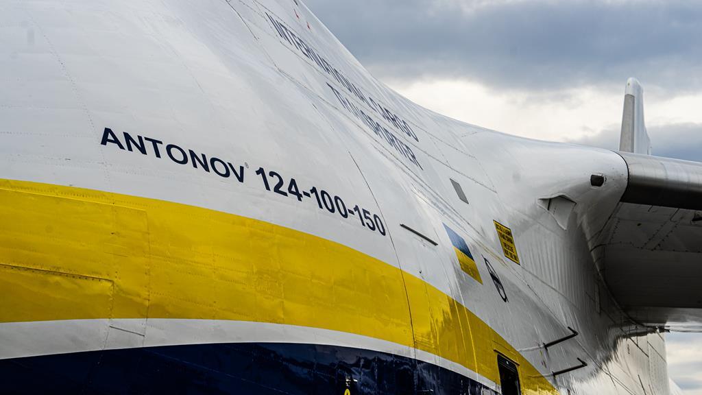 Antonow An124 100 150 Rusłan